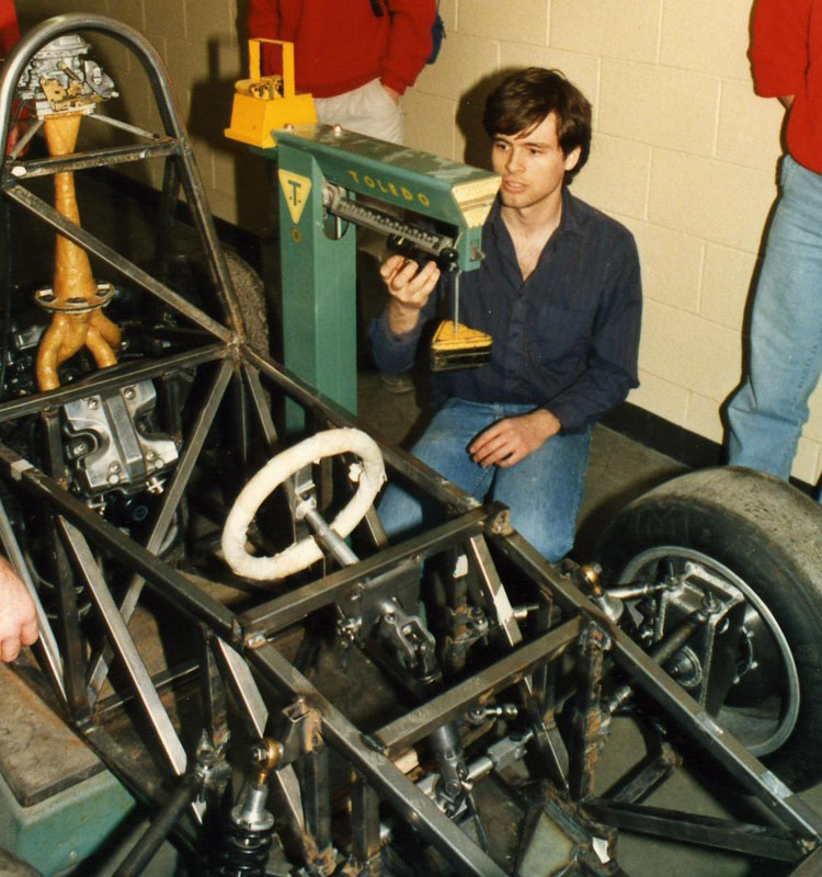 Weighing the F87 chassis
